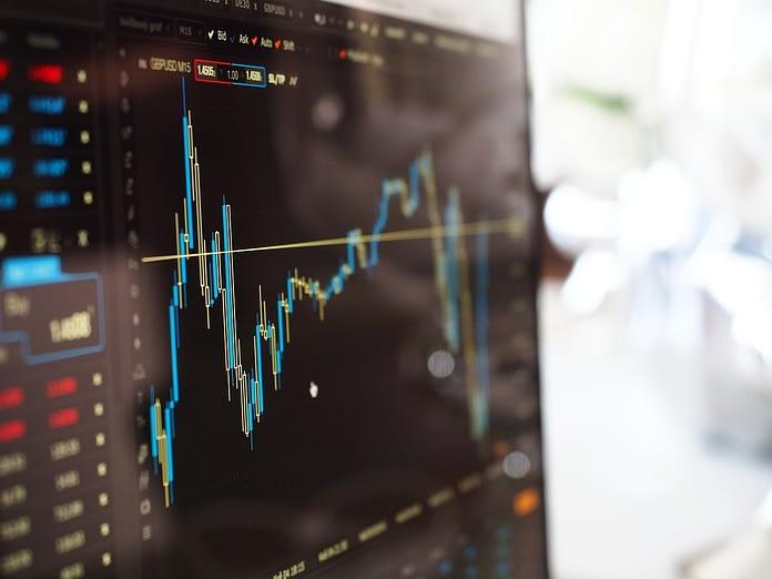 Trading dengan menggunakan indikator stochastic